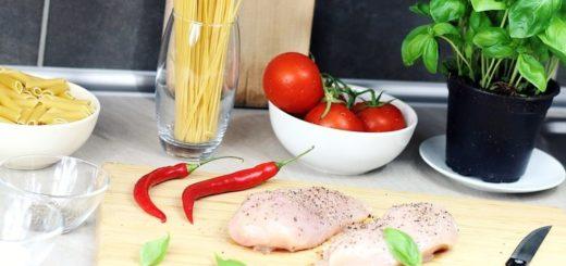 Carne de frango é opção saudável para todas as refeições da família